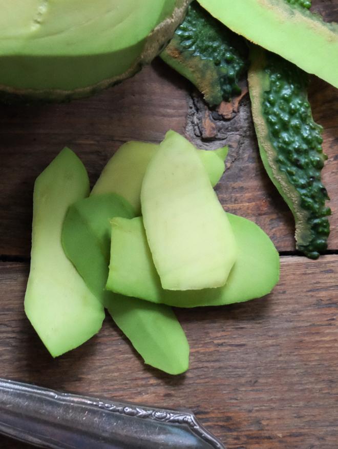 Rote Bete mit Avocado, schneller Partysnack, Kleinigkeit zwischendurch, Gesundes Naschen, vegetarisch, Essen nach Farben, grün und pink essen