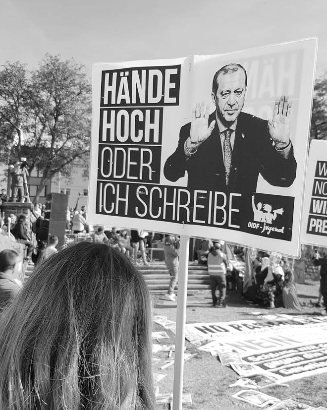 Blogger gegen Rechts, Demonstration